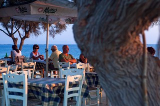manolis-restaurant-tavern (3)
