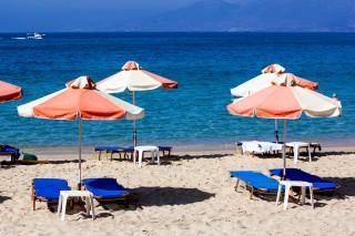maragas beach sunbeds