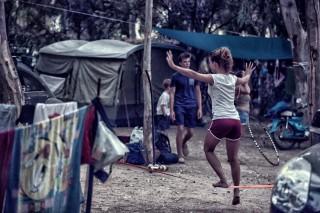 balance game camping maragas