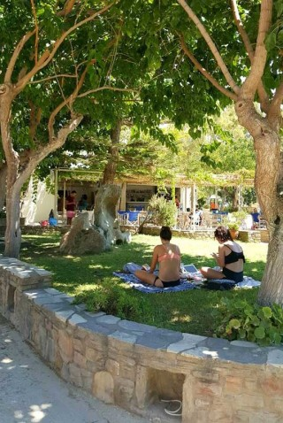 camping area maragas beach naxos