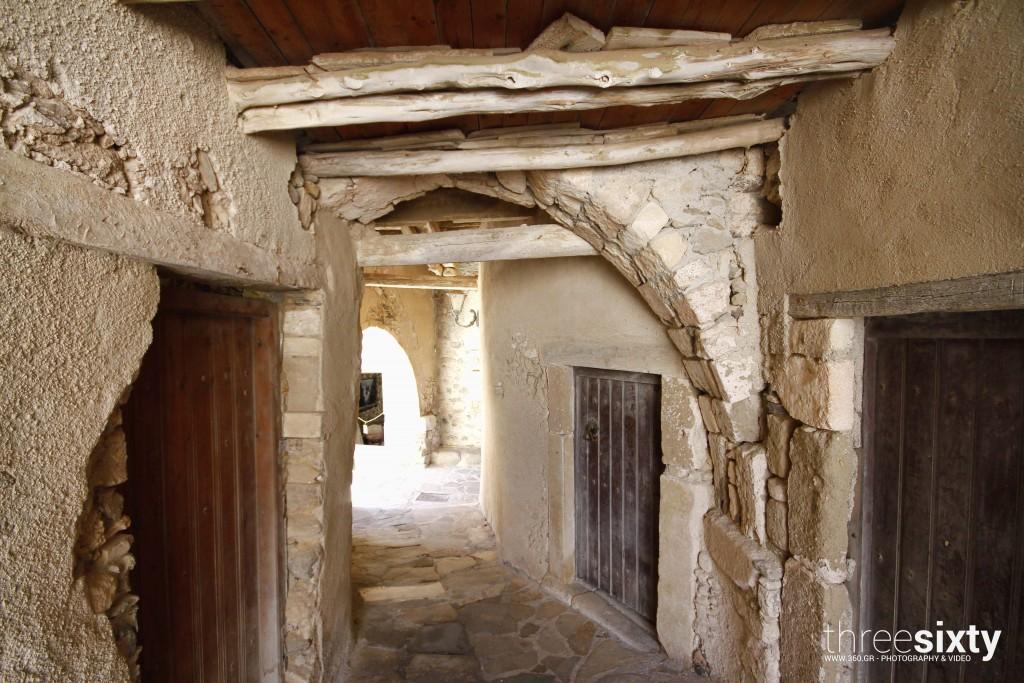 naxos-chora-alleys