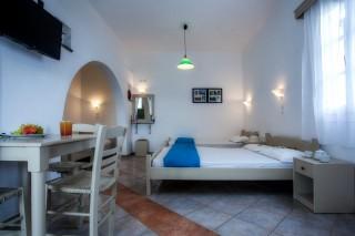 studios maragas beach naxos