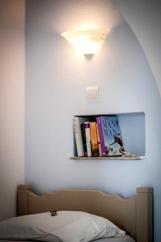 apartment bed maragas beach