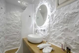 superior studio maragas bathroom amenities