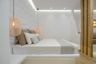 superior studio maragas double bedroom