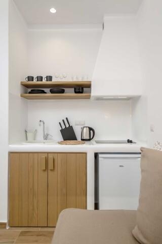 superior studio maragas kitchenette