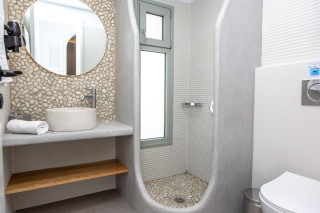 luxury apartment maragas camping bathroom