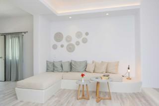 luxury apartment maragas camping sitting room