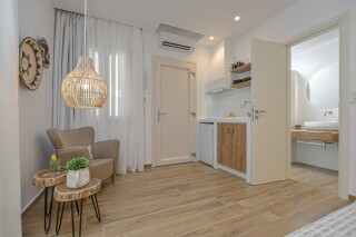 naxos superior studios and apartments maragas amenities