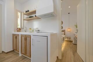 naxos superior studios and apartments maragas kitchen